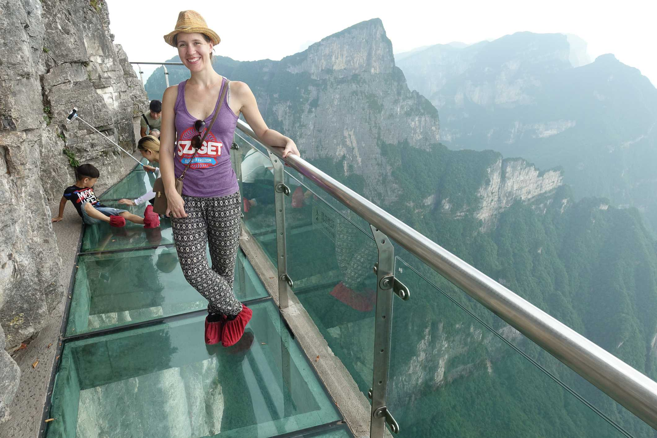 Glass pathways on Tianmen Mountain