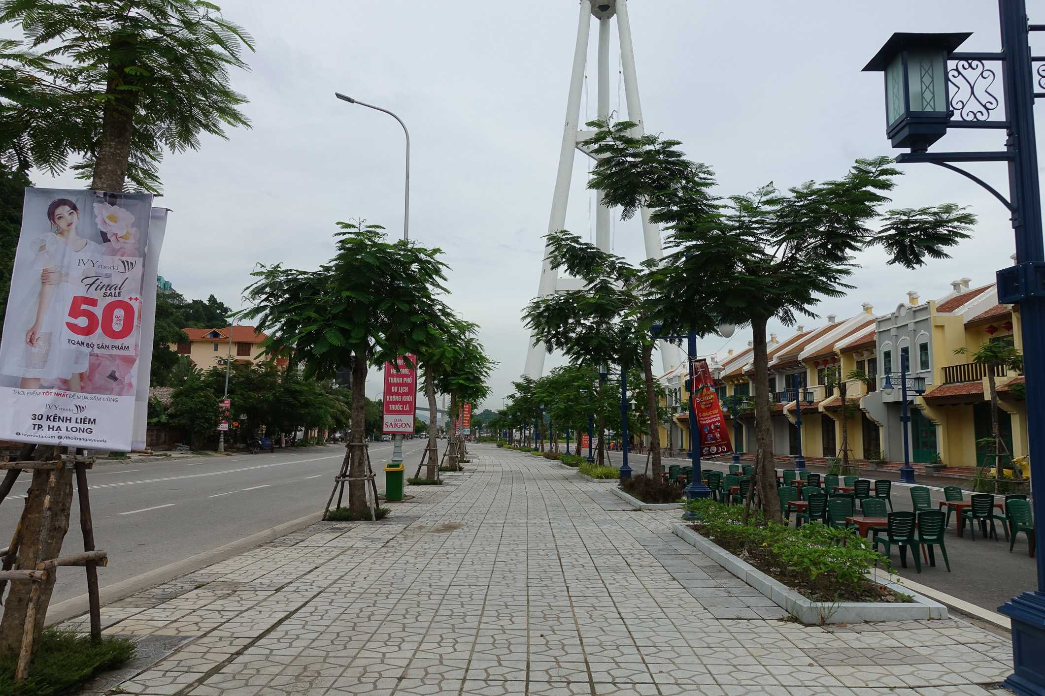 Empty tourist street in Bai Chai